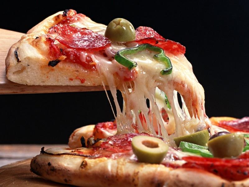 Круглосуточная доставка пиццы в СПб. Мы ценим ваше время!